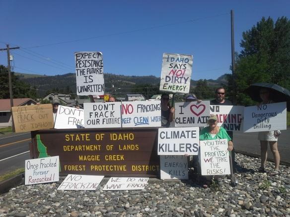 Stop the Frack Attack, Idaho! in Kamiah (Helen Yost photo)