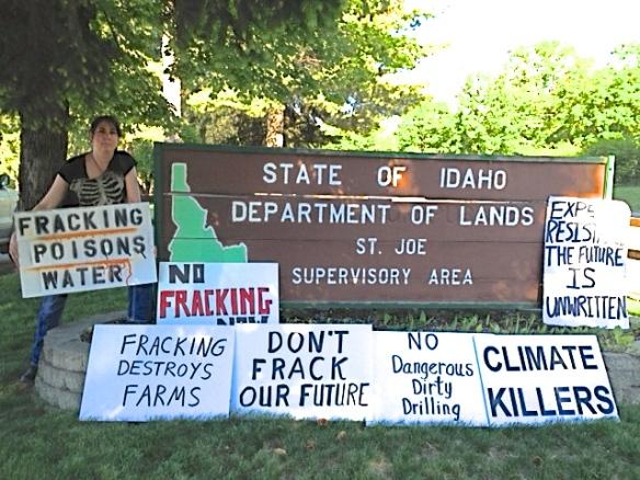 Stop the Frack Attack, Idaho! in Saint Maries (Lori Batina photo)